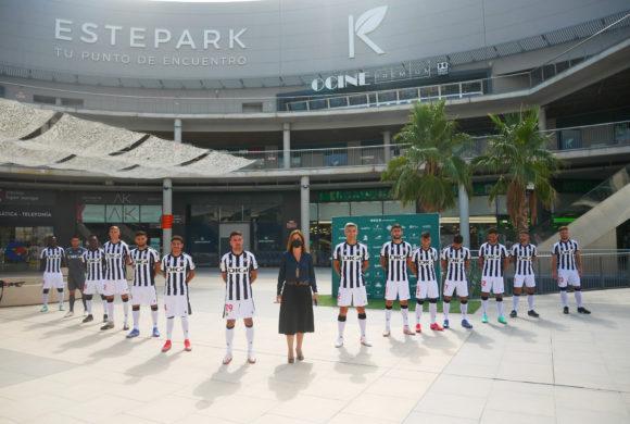 CC Estepark acoge la presentación de los ilusionantes fichajes del CD Castellón.